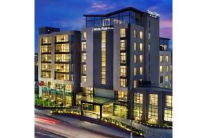 Double Tree By Hilton Tuzla'nın Kaliteli Ambiyansında Cuma, Cumartesi ve Pazar Günleri Geçerli Çift Kişilik Konaklama Seçenekleri