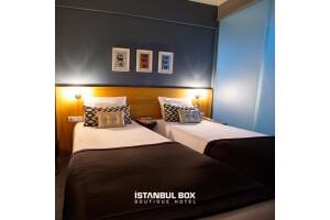 İstanbul Box Boutique Hotel'de Hafta İçi veya Hafta Sonu Seçenekli Çift Kişilik Kahvaltı Dahil Konaklama Paketleri