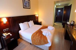 Eser Diamond Hotel & Convention Center'ın Şık Ambiyansında Kahvaltı Dahil Çift Kişilik Konaklama