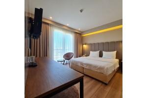 Küçükçekmece Airboss İstanbul Hotel'in Deluxe Odalarında Kahvaltı Dahil Çift Kişilik Konaklama Keyfi