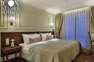Şişli Icon Istanbul Hotel'de Çift Kişilik Kahvaltı ve Spa Kullanımı Dahil Konaklama + Masaj Seçeneği