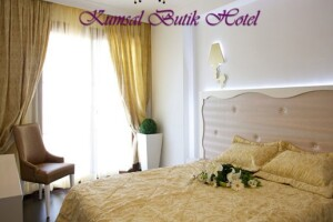 Büyükada Kumsal Butik Hotel'de Çift Kişilik Kahvaltı Dahil Konaklama