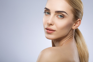 Nişantaşı Charming Change Güzellik'ten Kalıcı Makyaj Uygulamaları