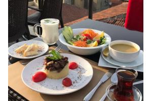Süleymaniye Yeditepe Teras Restaurant'ta Muhteşem Manzaraya Nazır Öğle Yemeği