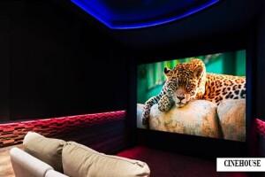 Sevdiklerinizle Romantik Bir Gün Geçirmek İçin Mum, Gül Yaprakları ve Pasta Eşliğinde Dilediğiniz Filmi İzleme veya Kutlamalarınız için VIP Salonlar