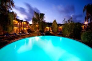 Village Park Hotel'de Çift Kişilik Konaklama Seçenekleri