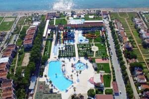 Risus Aqua Beach Resort'ta Çift Kişilik Herşey Dahil Konaklama