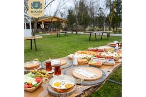Beykoz Beyazköy'de Sınırsız Çay Eşliğinde Nefis Lezzetlerle Dolu Serpme Kahvaltı