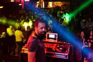 27 Mart Dj Burak Kılınçoğlu 90'lar Türkçe Pop Gecesi Mori Performance Konser Bileti (BİSTRO)