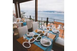 Taksim Sed Hotel Terrace Restaurant'ta Muhteşem Boğaz Manzarası Eşliğinde Akşam Yemeği