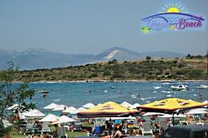Çeşme Günizi Beach'den Hafta İçi veya Hafta Sonu Seçenekli Plaj Girişi
