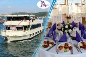 Aşiyan Organizasyon'dan 3 Saatlik Boğaz Turu Eşliğinde Teknede İftar Yemeği
