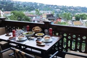 Çengelköy Köşk-ü Ala'da Zengin İftar Menüsü