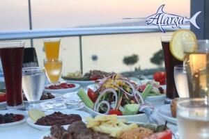 Denize Nazır Florya Alarga Balık Restaurant'tan Canlı Fasıl Eşliğinde Zengin İftar Menüsü