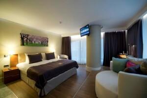 Gayrettepe Taba Luxury Suites & Hotel'de 2 Kişi 1 Gece Kahvaltı Dahil Konaklama