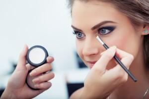 Üsküdar Ada Lifee Güzellik'ten Günlük Makyaj, Profesyonel Gelin & Nişan Makyajı