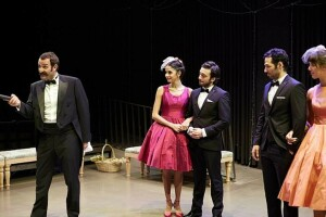 Shakespeare'in Muhteşem Eserinden Uyarlanan, Ünlü Oyuncuların Sahnelediği 'En Kısa Gecenin Rüyası' Tiyatro Bileti