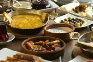 Riva My Moon Restaurant'ta Enfes Serpme Kahvaltı Menüsü