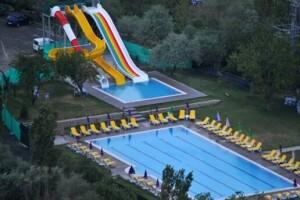 Yenikent Vadi Zir Aqua'da Haftanın Her Günü Geçerli Havuz Girişi