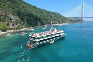Eftalya Tekne Turu'ndan Lüfer - 6 Gemisi İle Ünlü Dj'ler Eşliğinde Boğaz'da Vip Yüzme Turları