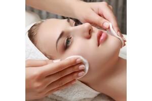 Adem Terzi Güzellik Merkezi'nden Medikal ve Hydrafacial Cilt Bakımı Seçenekleri