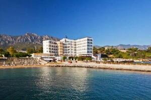 Kıbrıs Ada Beach Hotel'de Kurban Bayramına Özel Uçak Bileti Dahil Tatil Paketleri
