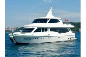İstanbul'un En Lüks Yatı İle Açık Büfe Brunch + Öğle Yemekli Yüzme Turları