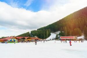 Sömestr Dönemi Dahil Erken Rezervasyon Fiyatları ile 3 Gece 4 Günlük Kahvaltı veya Yarım Pansiyon Konaklama Dahil Bulgaristan Bansko Kayak Turu