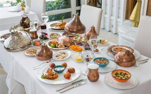 Sultanahmet Matbah Restaurant'ta Geleneksel Ramazan Keyfi Sunan Türk Sanat Müzikleri Eşliğinde Enfes İftar Yemeği