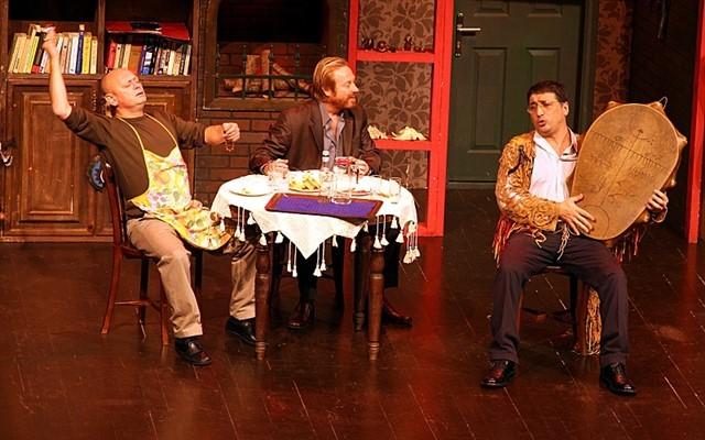 Erkan Can ve Cem Davran Gibi Usta İsimlerin Yer Aldığı Alevli Günler Adlı Tiyatro Oyununa Giriş Bileti