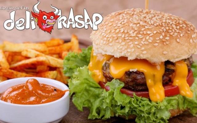 Özgür Şef Deli Kasap'tan Tadına Doyamayacağınız Burger Menüleri
