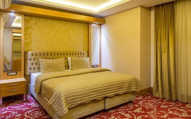 Bursa Palace Hotel'de Çift Kişilik Kahvaltı Dahil Konaklama Keyfi