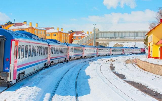 Elegance Tourism'den Doğu Ekspresi İle Kars Turu