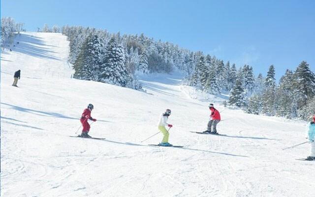 Tatil Makinası'ndan Sömestr Dahil Her Haftasonu Kesin Kalkışlı 1 Gece Konaklamalı Uludağ Kayak Turu