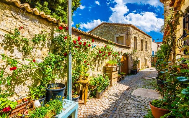 10. Alaçatı Ot Festivali Ege'nin Köyleri Birgi, Ödemiş, Tire, Kulodokya Peri Bacaları Turu