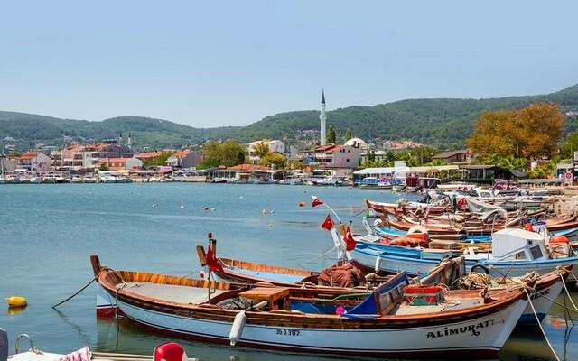 2 Gece Otel Konaklaması Dahil 3 Gece 4 Gün Urla, Çeşme, Alaçatı, İzmir, Foça, Ayvalık & Cunda Adası, Assos Turu