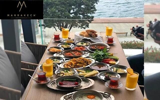 Marrakech Bosphorus'da Boğaz Manzarası Eşliğinde Enfes Kişi Başı Serpme Kahvaltı