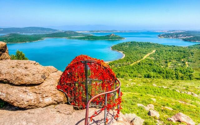 12 - 15 Temmuz Hafta Sonuna Özel İstanbul Kalkışlı 2 Gece 3 Gün Ayvalık, Assos, Kazdağları Doğal Terapi ve Deniz Turu
