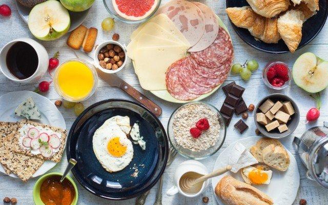 Üsküdar Mazili Mangal & Cafe'de Serpme Kahvaltı veya Yemek Menüleri