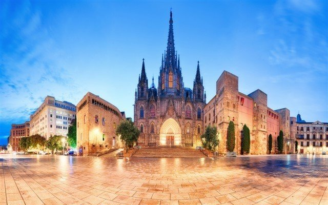 8 Günlük Büyük & Yeni İspanya; Barcelona, Valencia, Alicante, Granada, Cordoba, Sevilla, Caceres, Madrid Turu