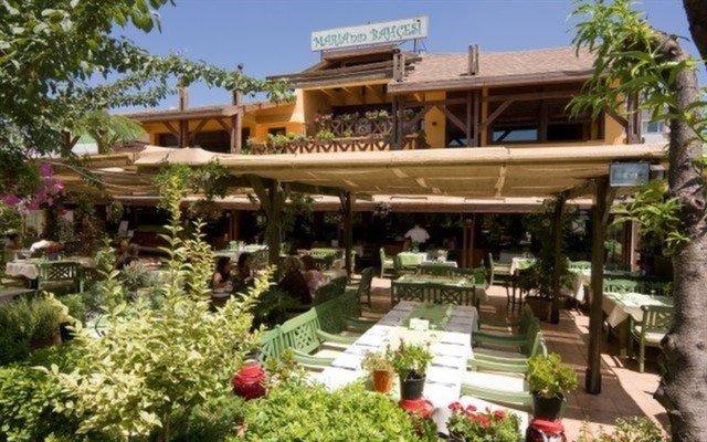 Küçükyalı Maria'nın Bahçesi Mosso'dan Her Cuma ve Cumartesi Canlı Müzik Eşliğinde Limitsiz Alkollü Akşam Menüsü